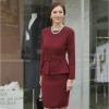 ชุดเดรสสั้นสีแดง เซ็ท2ชิ้น เสื้อแขนยาว กระโปรงสั้น สไตล์สาวออฟฟิศ ลุคเรียบหรูสวยสง่า