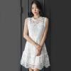 ชุดเดรสลูกไม้สีขาว แขนกุด ทรงเอ สวยหวาน น่ารัก สไตล์เกาหลี