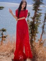 ชุดเดรสยาวลูกไม้สีแดง ทรงเข้ารูป สวยเก๋ ดูดี ใส่ออกงาน ไปงานแต่งงานได้ ใส่ได้ทั้งงานกลางวัน/งานกลางคืน