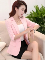 เสื้อสูททำงานผู้หญิงสีชมพู พิมพ์ลายตาราง ทรงเข้ารูป : สินค้าพร้อมส่ง