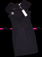 ชุดเดรสสั้นสีดำ ทรงเข้ารูป คอวีข้างแต่งปกสวยเก๋ แนวเรียบๆ สวยหวาน เรียบร้อย สไตล์สาวทำงานออฟฟิศ : สินค้าพร้อมส่ง Size. M L