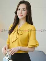 เสื้อเชิ้ตทำงานผู้หญิงสีเหลือง คอผูกโบว์ แขนสั้นแต่งระบายสองชั้น : สินค้าพร้อมส่ง