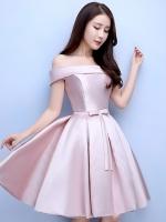 ชุดราตรีสั้นสีชมพู เปิดไหล่ กระโปรงทรงบาน แนวชุดออกงานเรียบหรู สวยหวาน ดูดี ราคาไม่แพง