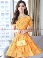 ชุดเดรสสั้นสีเหลือง ลายดอกไม้ กระโปรงทรงบาน : สินค้าพร้อมส่ง S M L XL