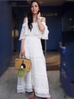 ชุดเดรสยาวสีขาว เปิดเว้าไหล่ สวยเก๋สไตล์ดารา