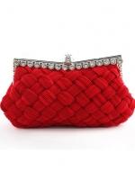 กระเป๋าคลัทช์ออกงานสีแดง ทรงสีเหลี่ยมผืนผ้า ถือออกงาน ไปงานงานแต่งงาน ลุคสวยหรู ดูดีสุดๆ