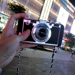 เคสกล้อง iPhone 8 / 7 แถมสายคล้อง