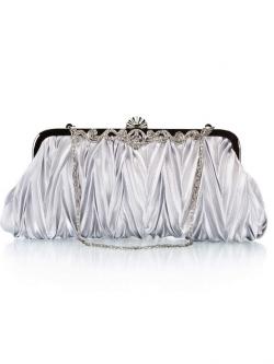 กระเป๋าคลัทช์ออกงานสีเทาเงิน ทรงสีเหลี่ยมผืนผ้า จับจีบ ถือออกงาน ไปงานแต่งงาน ลุคเรียบๆ สวยเก๋