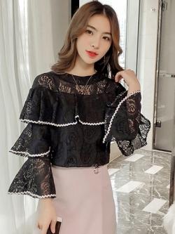 เสื้อลูกไม้สีดำแต่งระบายเป็นชั้นๆ ลุคสวยเก๋ น่ารักๆ ใส่สวย ๆ ได้ตลอด ไม่มีวันตกเทรนด์ ( สินค้าพร้อมส่ง )