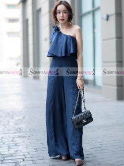ชุดเดรสกางเกงขายาวสีน้ำเงินกรมท่า ไหล่เฉียงแต่งระบาย กางเกงทรงขากว้าง