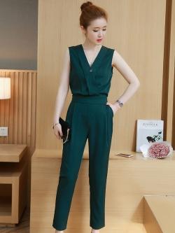 ชุดเซ็ทเสื้อ-กางเกงสีเขียว