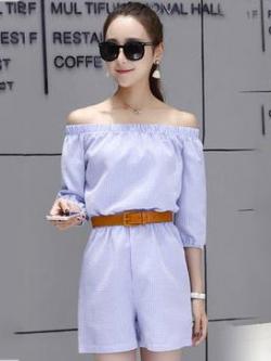 จั๊มสูทกางเกงขาสั้นสีฟ้า เปิดไหล่ ลุคสวยใส่ น่ารักๆ