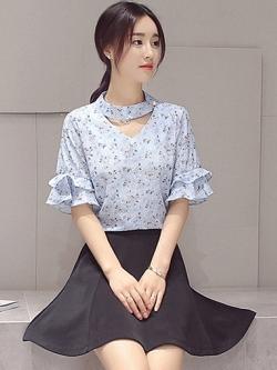 ชุดเซ็ตเสื้อ+กระโปรง เสื้อชีฟองสีฟ้าลายน่ารักๆ + กระโปรงสั้นสีดำทรงบาน