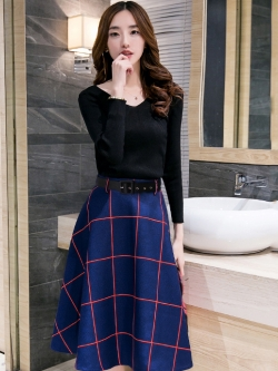 ชุดเซ็ทเสื้อ-กระโปรง สีดำ