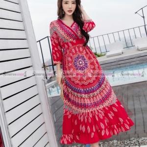 ชุดเดรสยาวใส่เที่ยวทะเลสีแดงสวยเก๋ สไตล์โบฮีเมียน ( สินค้าพร้อมส่ง )