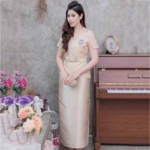ชุดออกงานยาวสีทอง เซ็ทเสื้อลูกไม้งานปักดิ้น+กระโปรงยาว สไตล์ผู้ใหญ่ เรียบหรู ดูดี สวยสง่าสมวัย