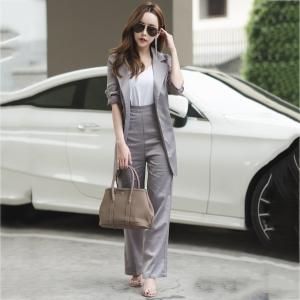 ชุดสูทสวยๆสไตล์สาวออฟฟิศสีเทา เซ็ท 2 ชิ้น เสื้อสูท + กางเกงขายาว