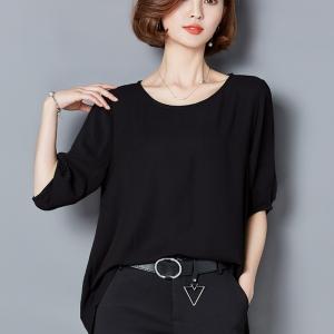 เสื้อทำงานสีดำ ทรงปล่อย แขนสั้น