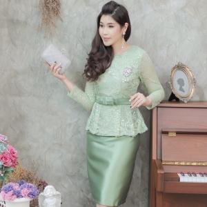 ชุดออกงานสีเขียว SET เสื้อ-กระโปรง แนวเรียบหรู สวยสง่า สไตล์ผู้ใหญ่ เหมาะสำหรับใส่ออกงาน ไปงานแต่งงาน ชุดถือขันหมาก ชุดแม่บ่าวสาว