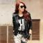 เสื้อแจ็คเก็ตหนังผู้หญิง แฟชั่นเกาหลี สีดำ แจ็คเก็ตหนัง PU ทรงเข้ารูป แต่งบ่า สาวเท่ห์ ห้ามพลาด
