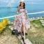 ชุดเดรสยาวเที่ยวทะเลสีครีมลายดอกไม้ ผูกเอว แฟชั่นเที่ยวทะเลสวยๆสไตล์ฮาวาย