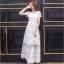 ชุดเดรสยาวลูกไม้สีขาว ผ้าปักแน่นทั้งชุด งานสวยปังๆ คอลเล็คชั่น รับลมหนาว ใส่สวยใส่ปังควรมีติดตู้