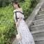 ชุดเดรสยาวลูกไม้เปิดไหล่ แต่งโบว์สุดน่ารักๆ ลุคสวยหวาน สไตล์เกาหลี ( สินค้าพร้อมส่ง )