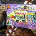 10559 ตัวต่อ Friends รถขายฮอทดอก Hotdog Food Truck ในสวนสนุก