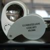 กล้องส่องพระ มีไฟสีขาว ส่องสว่าง และ ( ไฟ สีม่วง ไว้ตรวจแบงปลอม ) 450 .- พร้อมส่ง ครับๆ