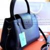 Prada Limited edition กระเป๋าอเนกประสงค์ทรงสวยหนังลายคาเวีย / พร้อมส่ง