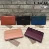 CHARLES & KEITH STITCHED DETAIL WALLET กระเป๋าเงินใบสวย วัสดุหนังปั๊มลายคาร์เวียร์ตัดกับหนังเรียบ