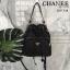 กระเป๋า สวยๆ จาก แบรนด์ PRADA เป็นกระเป๋า ทรง bucket ใบสวยรุ่นหายาก ขนาดกำลังดี