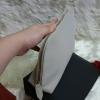 """กระเป๋าใส่เครื่องสอางค์ อเนกประสงค์ ELASTIC Cosmetic Bags จาก BURBERRY น่ารัก ใบใหญ่ จุ ทรงสวย เป็นยางเกรดพรีเมี่ยมนิ่ม ๆ อะไหล่ทอง พรีเมี่ยมแท้ จากเค๊าเตอร์ ช็อบไทย ด้านในบุผ้าแน่นหนา สวย ๆ เลย ติดป้ายโลโก้ BURBERRY ขนาด 10"""" × 6"""" × 2.5"""" นิ"""