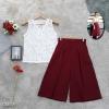 เซ็ตเสื้อลูกไม้+กางเกงขาบาน รายละเอียดสินค้า เสื้อแขนกุดผ้าลูกไม้ซีทรูทั้งตัวคอวี ใส่คู่กับกางเกงขาบานทรงห้าส่วน งานผ้าโฟเวย์เนื้อดี ตัดเย็บส่วนมาก แต่งกระดุมหน้า 1 เม็ด เอวยืดหลัง กางเกงจับจีบทวิสหน้า ใส่แมทซ์กันเรียบหรูดูดีสุดๆ งานสวยมากแนะนำเลยค่ะ ขนาด