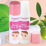 Wakodo Baby Care Stick 5g. ลิปแคร์สำหรับเด็กทารก เพิ่มความชุ่มชื้นให้ริมฝีปากของลูกน้อย ด้วย Ceramide และส่วนผสมของธรรมชาติจาก น้ำมันมะกอก,น้ำมันเมล็ดทานตะวันและน้ำมันเมล็ดโจโจบา ซึ่งรวมส่วนผสมที่ให้ความชุ่มชื้น ไม่เหนอะหนะ ผ่านการทดสอบ hypoallergenic, ไม