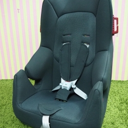 Carseat Combi รุ่น Harness fit long สีน้ำตาล