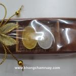 D 108 เทียนรูปเงินทองจีนในเรือยาว
