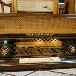 วิทยุหลอด loewe vineta ปี 1957 รหัส25857tr4