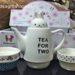 กาน้ำชา ลายกระต่าย Tea for Two (ซื้อ 3 ชุด ราคาส่งชุดละ 320 บาท)