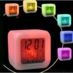 นาฬิกาปลุก 7 สี (ซื้อ 3 ชิ้น ราคาส่ง 100 บาท/ชิ้น)