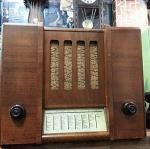 วิทยุหลอด Rex-Medium ของประเทศ Switzerland ปี 1936