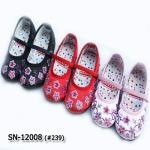 SN12008 รองเท้าจีน (ไซส์ 16-36)