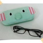 กล่องแว่นตา ขนกำมะหยี่ ลายช้าง Mouton Sentimental Circus