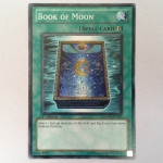 SDMA-EN023 : Book of Moon (Common) 95%