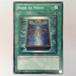 SDMA-EN023 : Book of Moon (Common) 95%