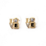 Tiny LOVE Gold Earing ต่างหูรูปตัวอักษร LOVE สีทองแต่งคริสตัล อันเล็กน่ารัก