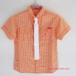 Kidsplanet เสื้อเชิ้ตสก๊อตสีส้มสดใส กับเนคไทสีขาว จะใส่แบบพิธีการหรือถอดแบบลำลองก็ดูดีค่ะ