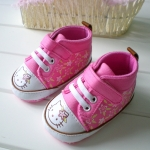 BE2021 (Pre) รองเท้าผ้าใบ Hello Kitty (0-1 ขวบ)