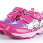 พร้อมส่งค่ะ รองเท้า Hello Kitty น่ารักมากค่ะ มีไฟสามสีด้วย เวลาเด็กๆ เดิน งานสวยมากค่ะ เหลือไซส์ 27/28/29/30/31