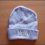 หมวกไหมพรมสีฟ้า ( pastel ) ปัก hello